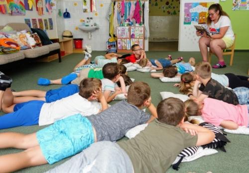 Školní čítárna profituje z podpory Nadace OKD f01