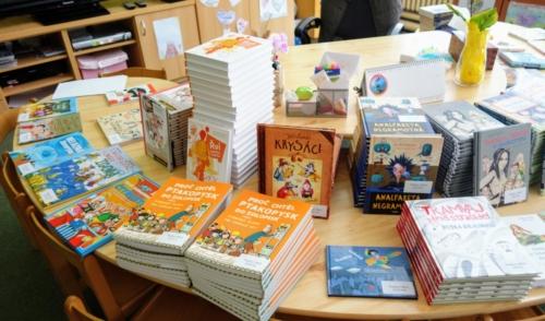 Školní čítárna profituje z podpory Nadace OKD f04