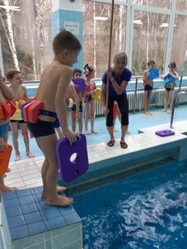 Prvňáci v bazénu ZŠ F. Hrubína f03